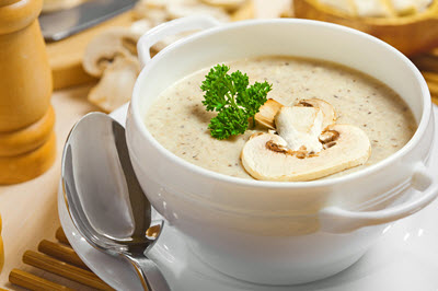 طرز تهیه سوپ قارچ خامه ای